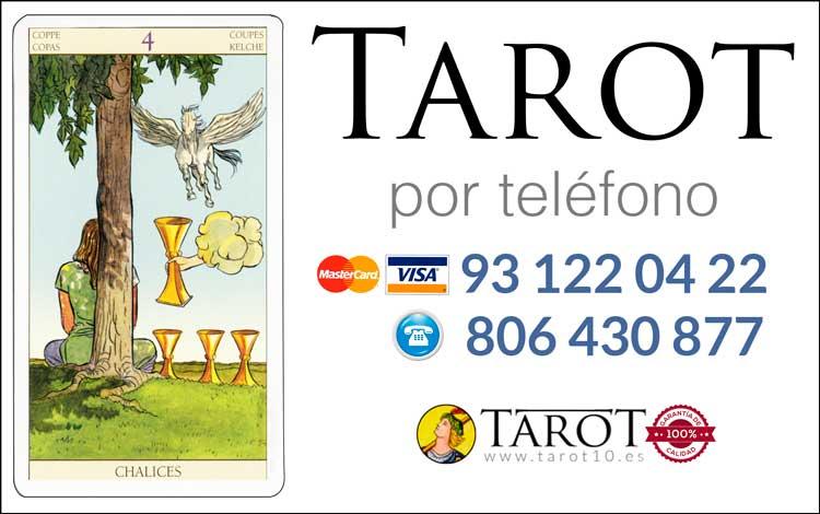 Cuatro de Copas de los Arcanos Menores del Tarot - Tarot por Teléfono