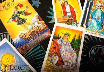 Cuidados de las Cartas de Tarot - Aprender Tarot - Tarot10